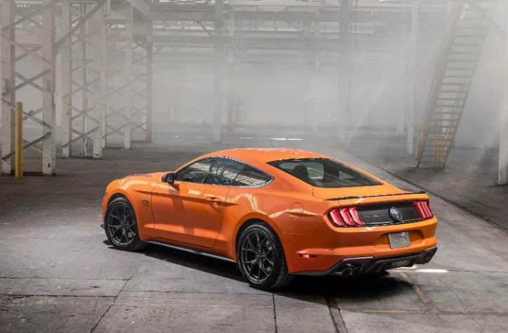 2020 Ford Mustang EcoBoost高性能:最热门的四缸野马