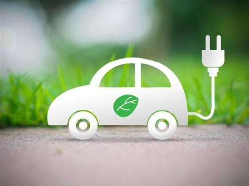 <strong>新的AA调查显示 电动汽车需要更多的教育</strong>