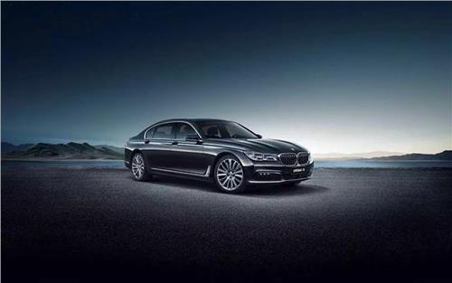 2020年BMW 7系改款车装配线为M760Li