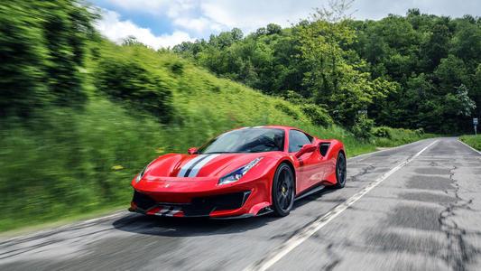法拉利今年将推出V8混合动力超级跑车