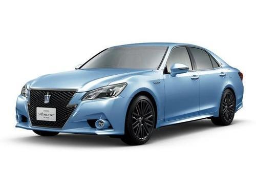 第15代丰田皇冠在日本上市销售