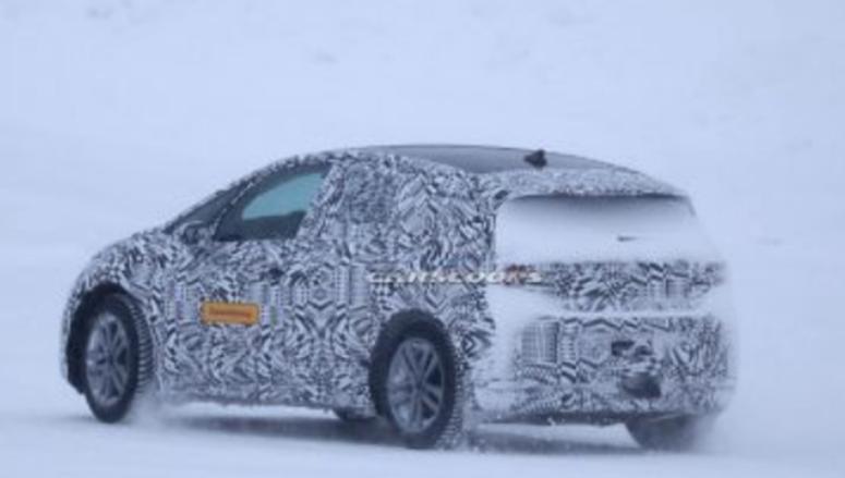 2020年大众ID两厢车在极端冬季条件下测试其电力传动系统