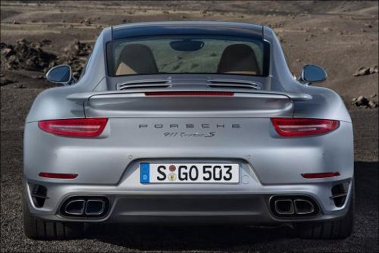 2020年保时捷911 Turbo Cabrio自上而下亲吻夏天再见