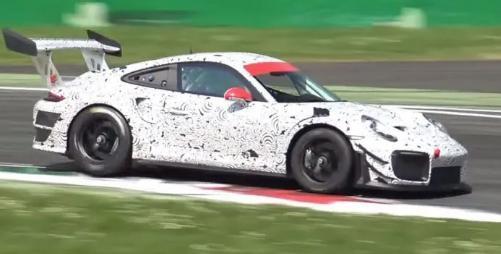 这是911 GT2 RSR赛车保时捷正在蒙扎测试吗