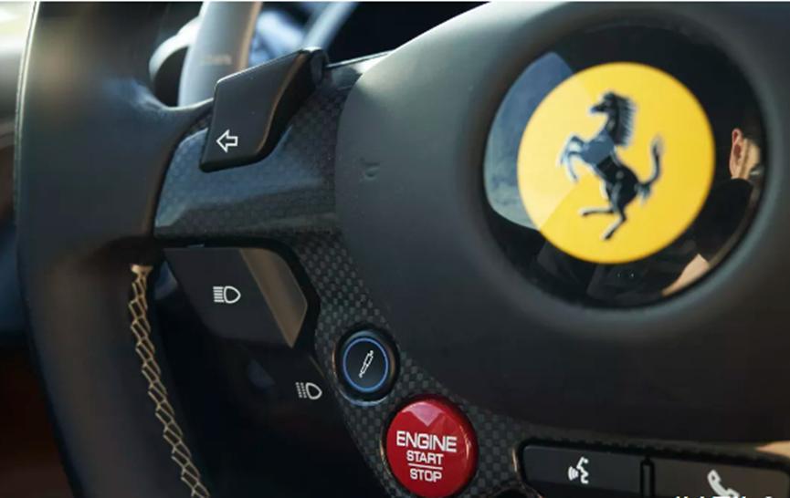 法拉利首款电动汽车可能成为特斯拉跑车的竞争对手