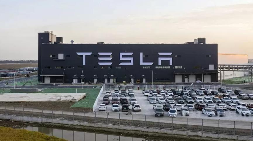 特斯拉市值超越福特和通用汽车