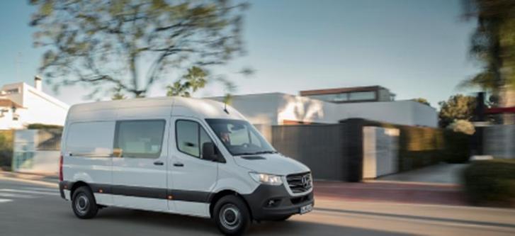 梅赛德斯-奔驰凌特发布德国品牌首次亮相其下一代货车