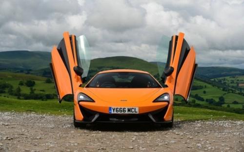 迈凯轮570型将在6月与675LT一起在英国亮相