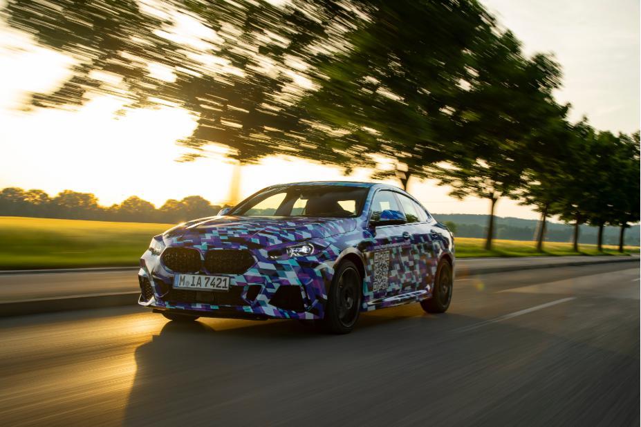 2020宝马2系Gran Coupe的洛杉矶车展豪华入口套装