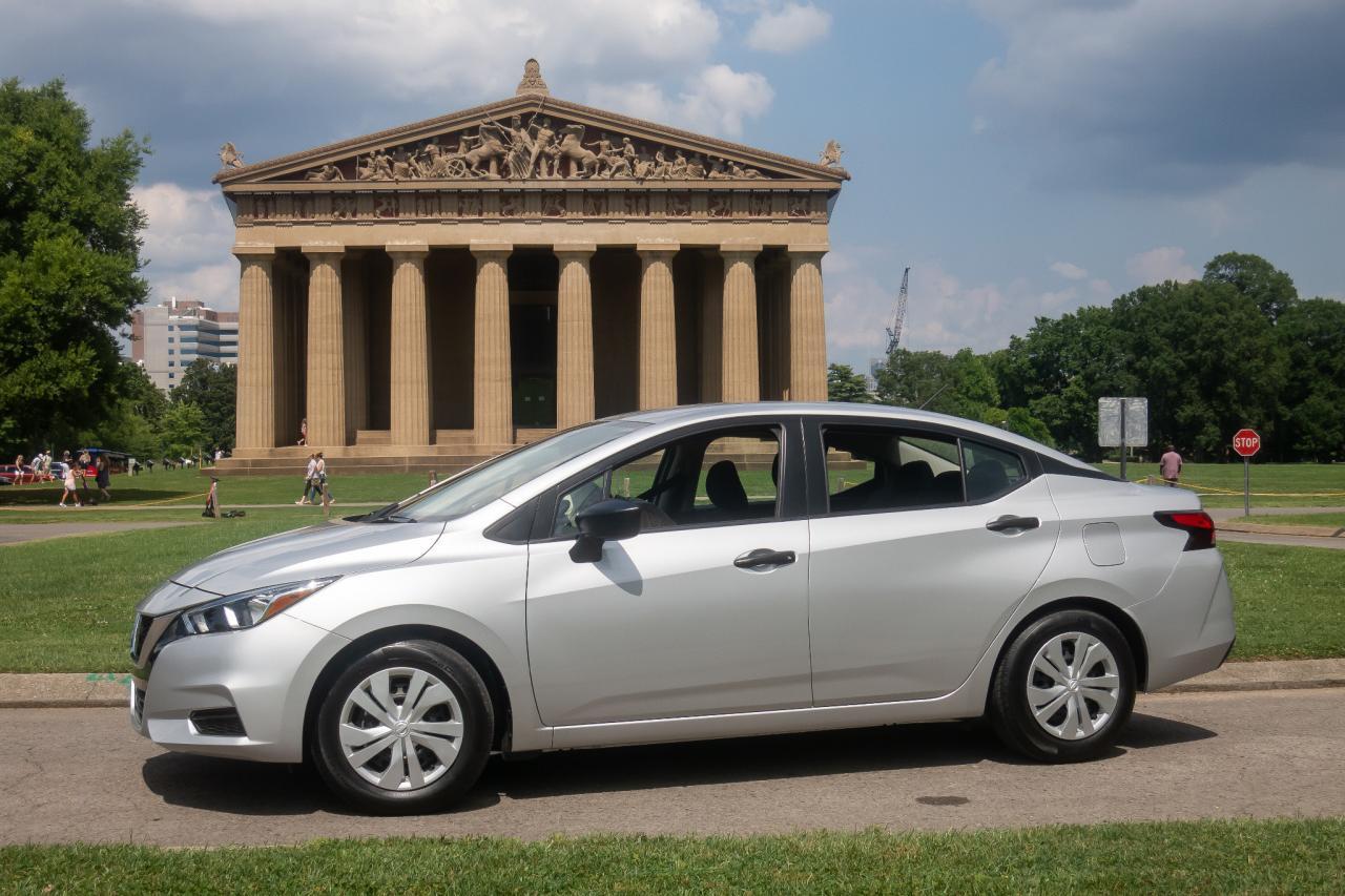 日产Versa不是最便宜的新车,但它是Helluva更好的价值