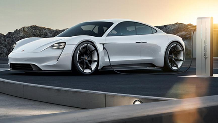 保时捷需要打造电动超级跑车保时捷Taycan Coupe亮相