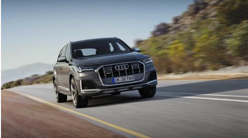2020年奥迪SQ7是新更新的三排SUV的第一款性能变体