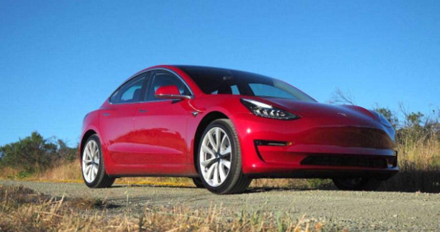 特斯拉Model S和Model 3 EV在可靠性调查中获得推荐地位