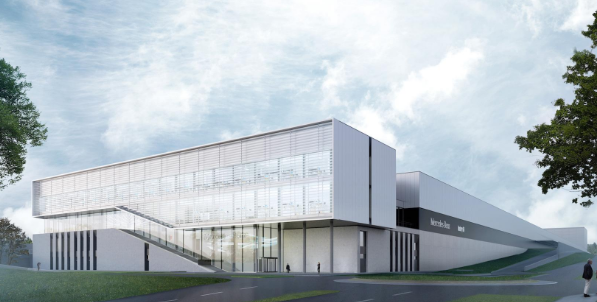 梅赛德斯展示了其高科技汽车的5G机器人工厂