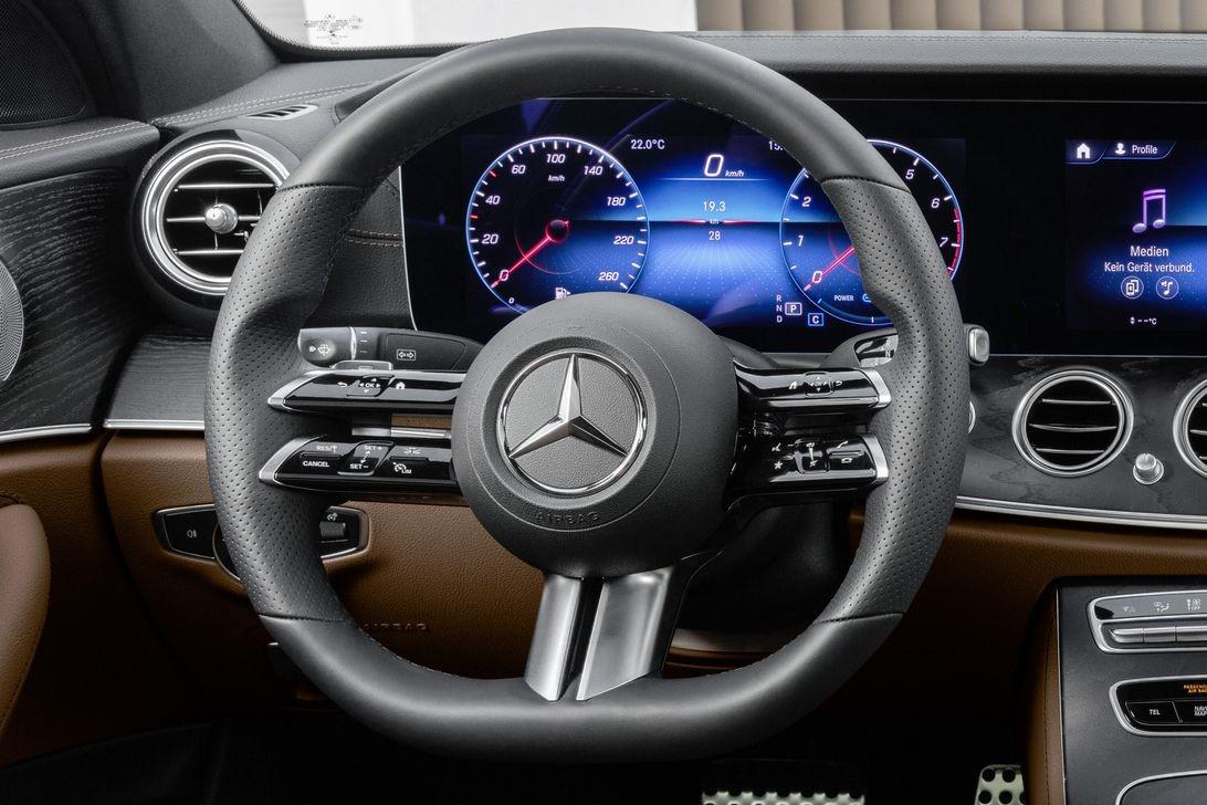 2021 Mercedes E-Class方向盘将对您的双手有很多了解