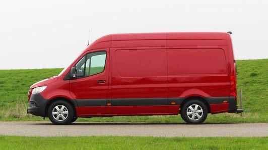 梅赛德斯-奔驰Sprinter 1500配备柴油发动机选项