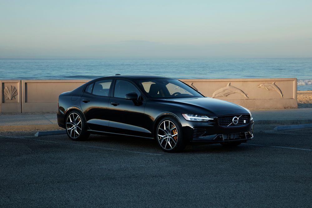 现在,所有新沃尔沃车型均具有112英里/小时的最高速度限制器
