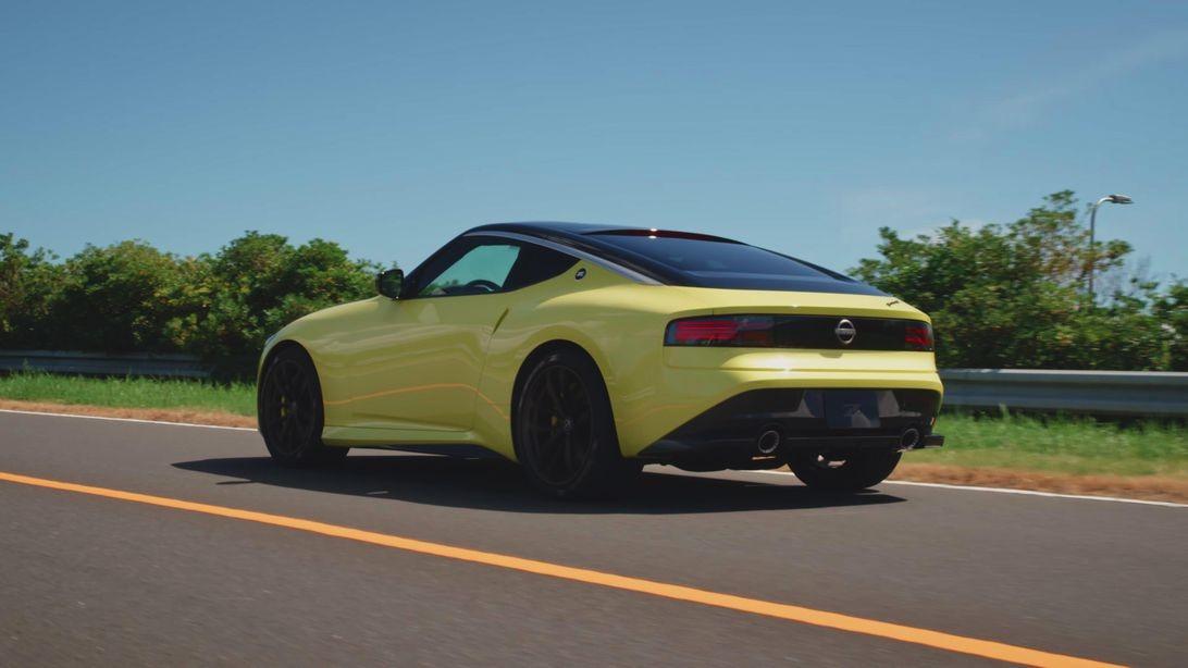 日产Z Proto搭载双涡轮增压V6,手动变速箱和复古设计