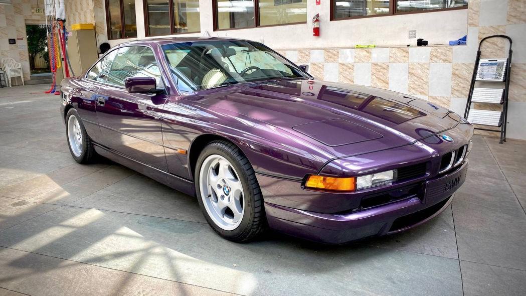 这款宝马850CSi是独一无二的紫色V12手动杰作