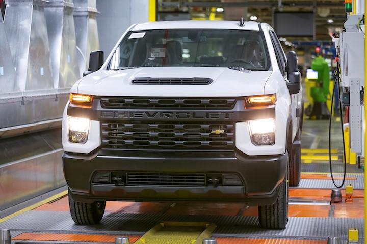 通用汽车在弗林特工厂投资3200万美元,以支持雪佛兰Silverado, GMC Sierra的生产