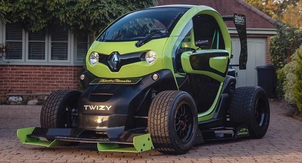 超级可爱的雷诺Twizy F1赛车原型角色扮演全是吠叫而无一ite