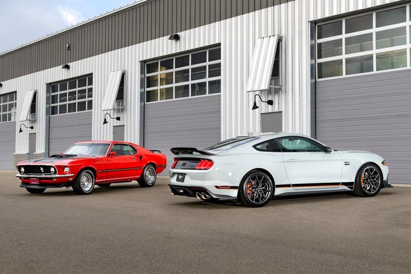 首批2021年福特野马和野马Mach-E拍卖