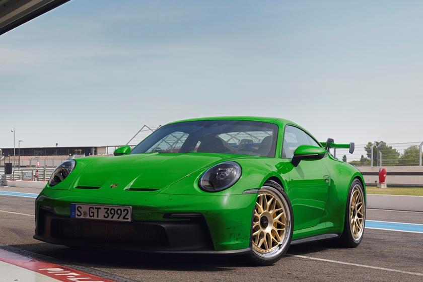 新款911 GT3在复古车轮上看起来光彩夺目